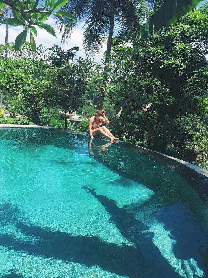 infinity-pool-fashionforffranzy-ubud-regenwald-sayan