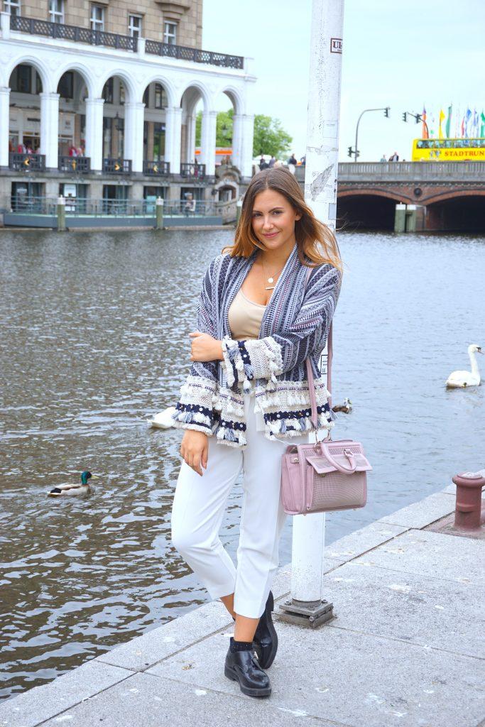 alster-outfit-zara-strickjacke-fransenjacke-culotte-fashionforffranzy