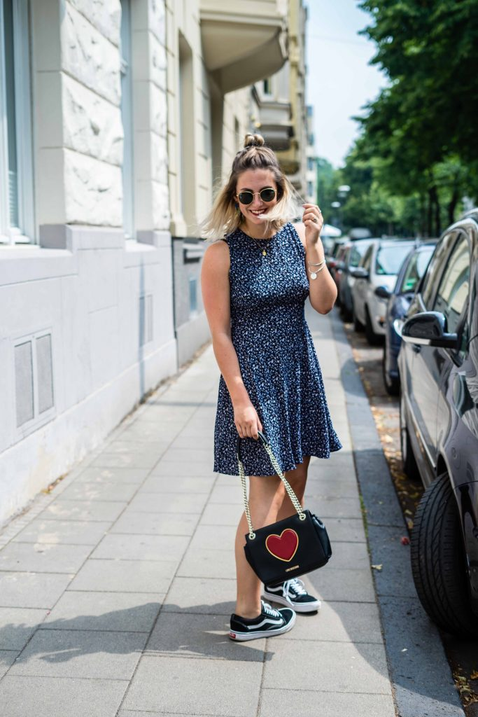 Outfit: Blümchenkleid vs. Vans » fashion for ffranzy